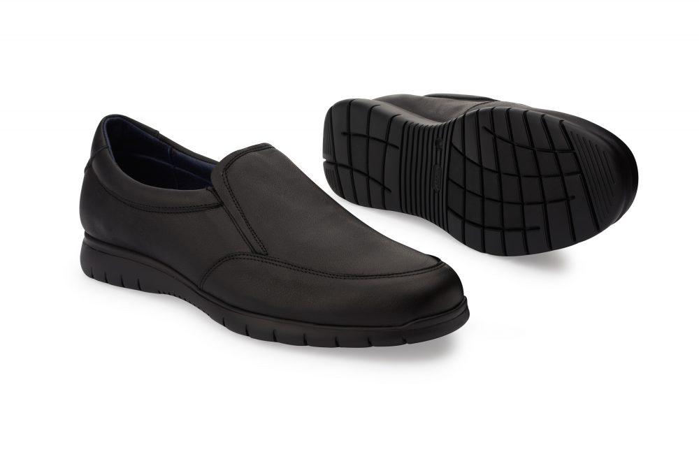 Zapatos para camarero modelo Axel marca Oneflex